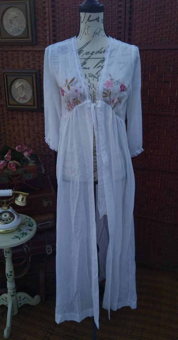 Boho white floral night gown/vintage night gown/vi