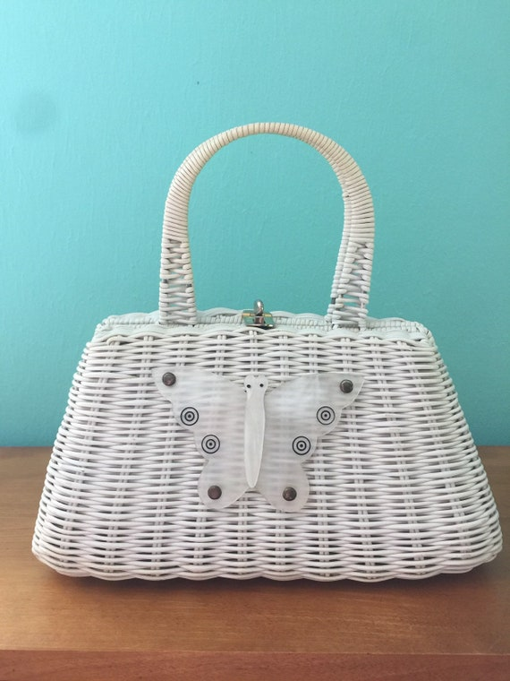 Vintage 1960s White Wicker Purse with Lucite Butte