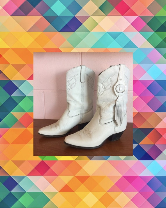 Vintage 1980s White Leather Western Style Boots By