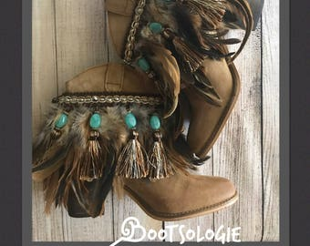 Decorated ankle boot, festival boot, feather boot, bootie. Reworked boot. Leather boot, suede.