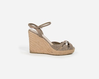 14c68862fda Gucci - Shoes with wedge