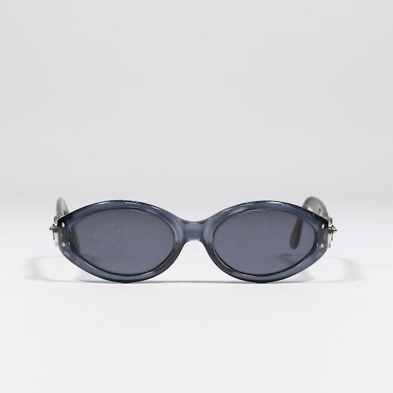 83cf5dc7b63 GIANFRANCO FERRE  Plastic oval sunglasses