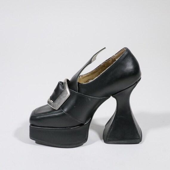 VINTAGE - Leather sandal