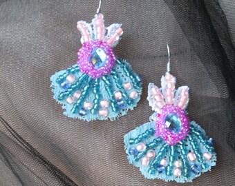 Shabby chic earrings,Bohemian earrings,Beaded earrings,hand beaded earrings,Unique art to wear,Artisan earrings