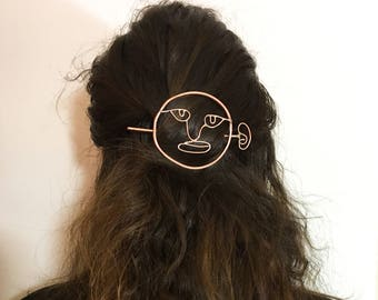 Looking Back Hair Pin