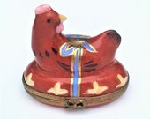Vintage Retired Chicken Hen Limoges Trinket Box with Easter Eggs Inside - Rare