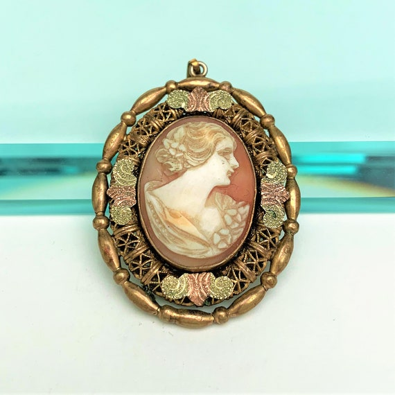 1920's Lindroth (All Co.) Carved Shell Cameo & Gil