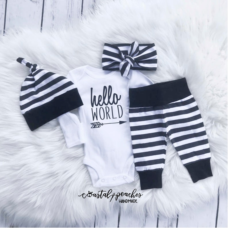 15b9cc08342e Hello World Infant Coming Home Outfit   Newborn Baby Gender