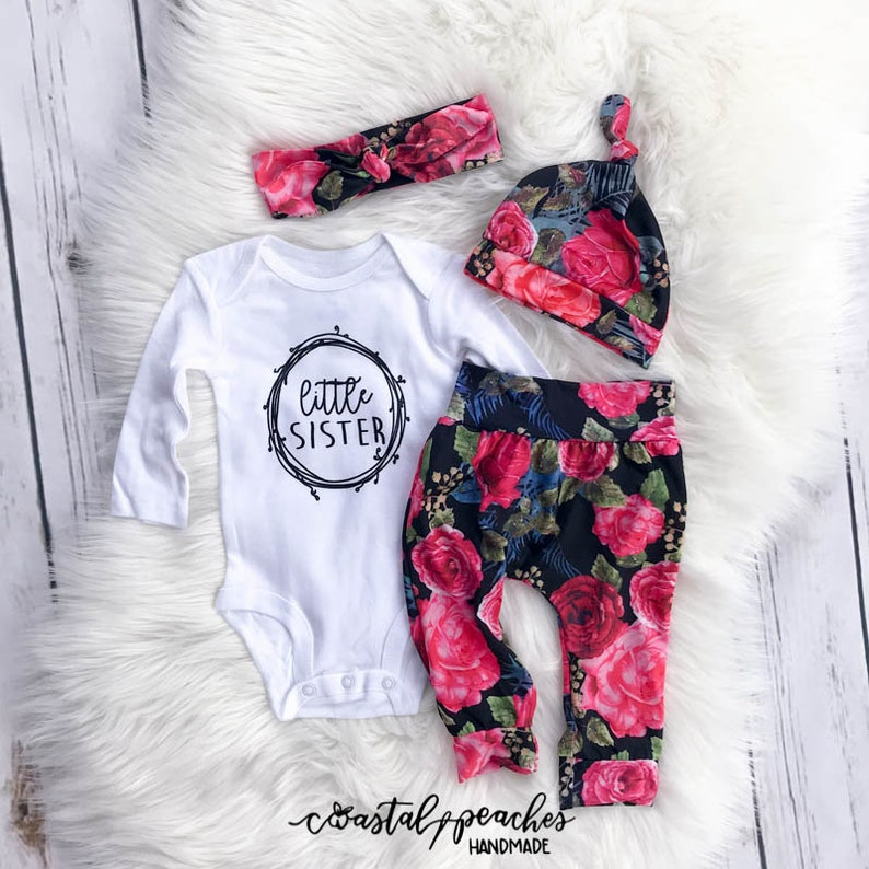b8b340c1ec3 Baby girl coming home outfit little sister outfit floral theme