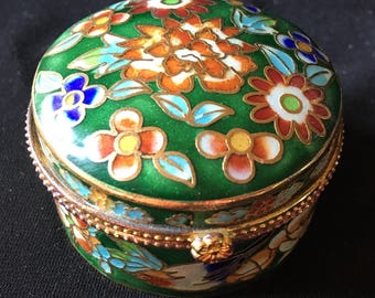 Small limps out of enamel partitioned Chinese, the Eighties