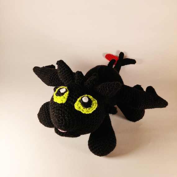 Step-By-Step Tutorial: Toothless from How To Train Your Dragon ... | 570x570