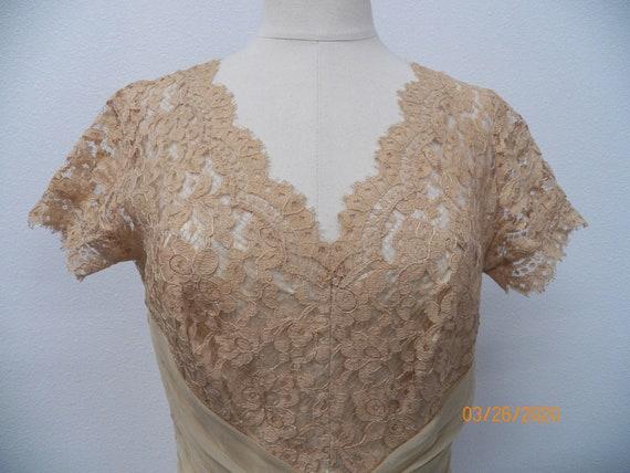 Women 50's Lace Evening Dress - image 7