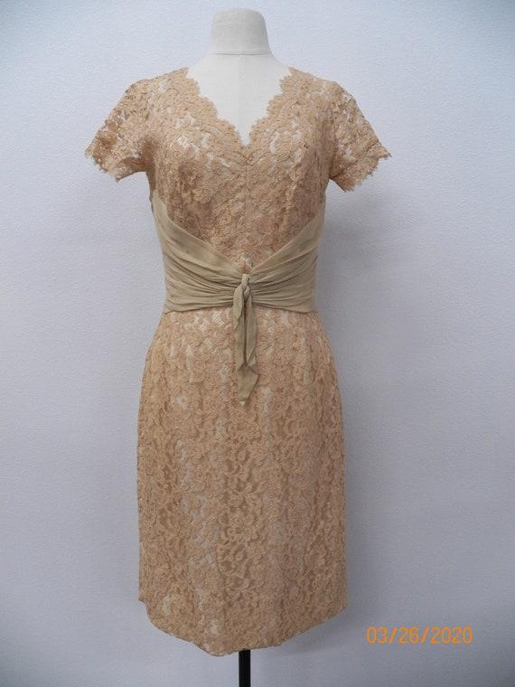 Women 50's Lace Evening Dress