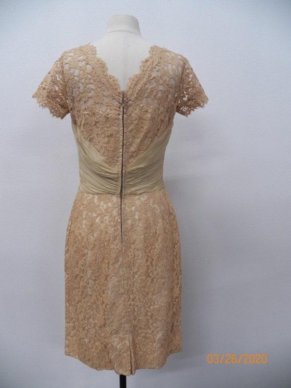 Women 50's Lace Evening Dress - image 2
