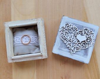 heart wedding ring box, wood jewelry box, engagement proposal ring box, rustic lace wedding, ring holder bearer box, personalised box