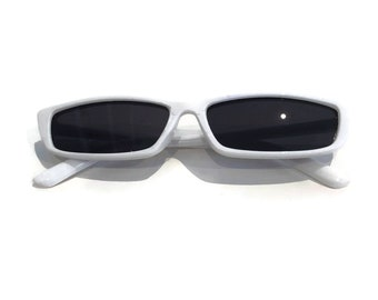 b8d959bc1ddc White sunglasses