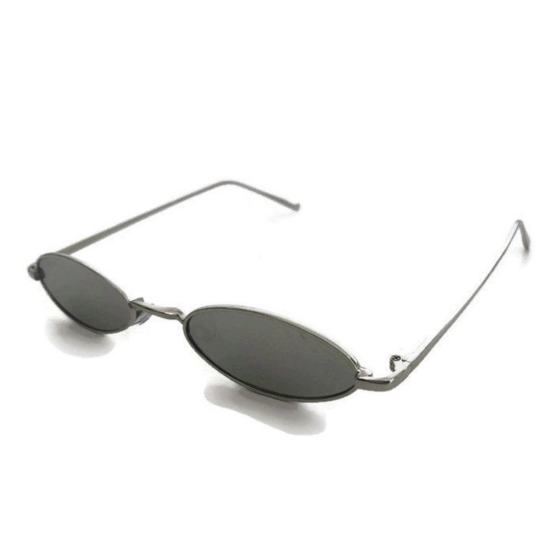 ba9b4c13040 90s Oval Sunglasses Grey Tinted Lenses Vintage Mirrored