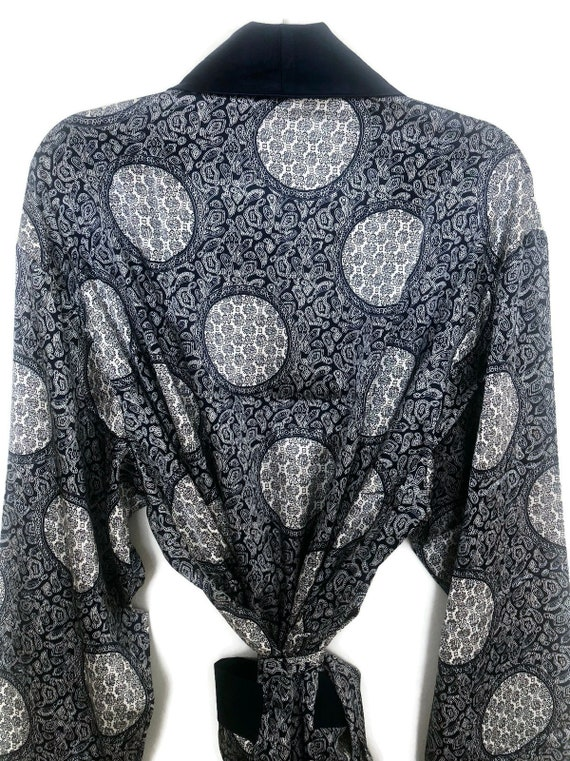 Silky Smoking Jacket   Paisley Robe   Retro Dress… - image 5