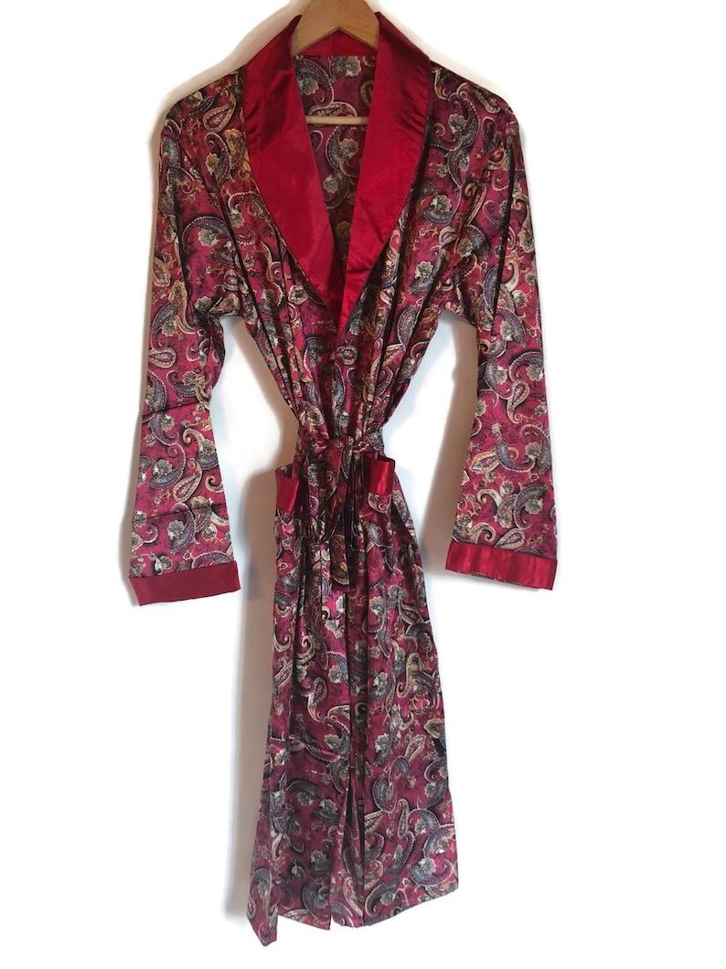 Smoking Jacket 1970s Silky Robe Red Retro 70s Paisley  05c59d2bc