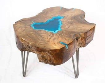 Round Live Edge Coffee Table With Glowing Resin Fillin And Hairpin Legs