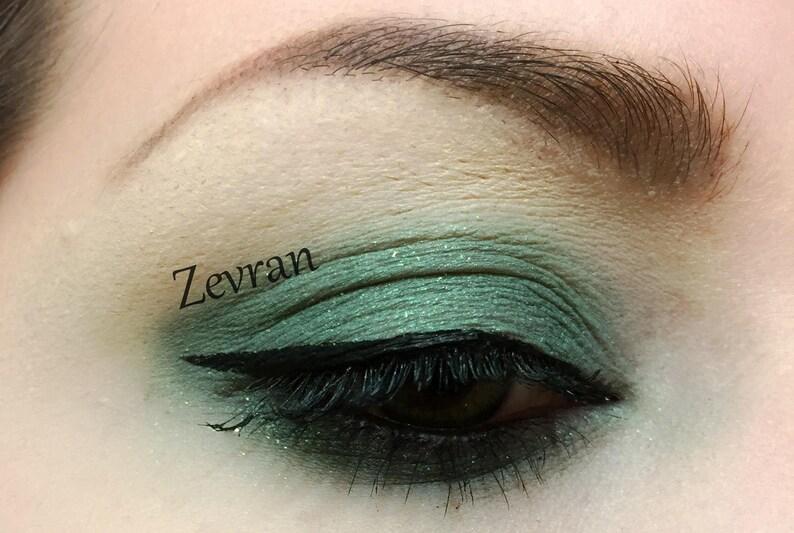 ZEVRAN  Handmade Mineral Pressed 26mm Eye Shadow image 0