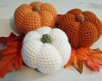 Set of 3 Crochet Pumpkins, Halloween Decor, Coffee Table Decor, Fall Decor, White Pumpkin, Rustic Holiday Home Decor, Thanksgiving Decor,