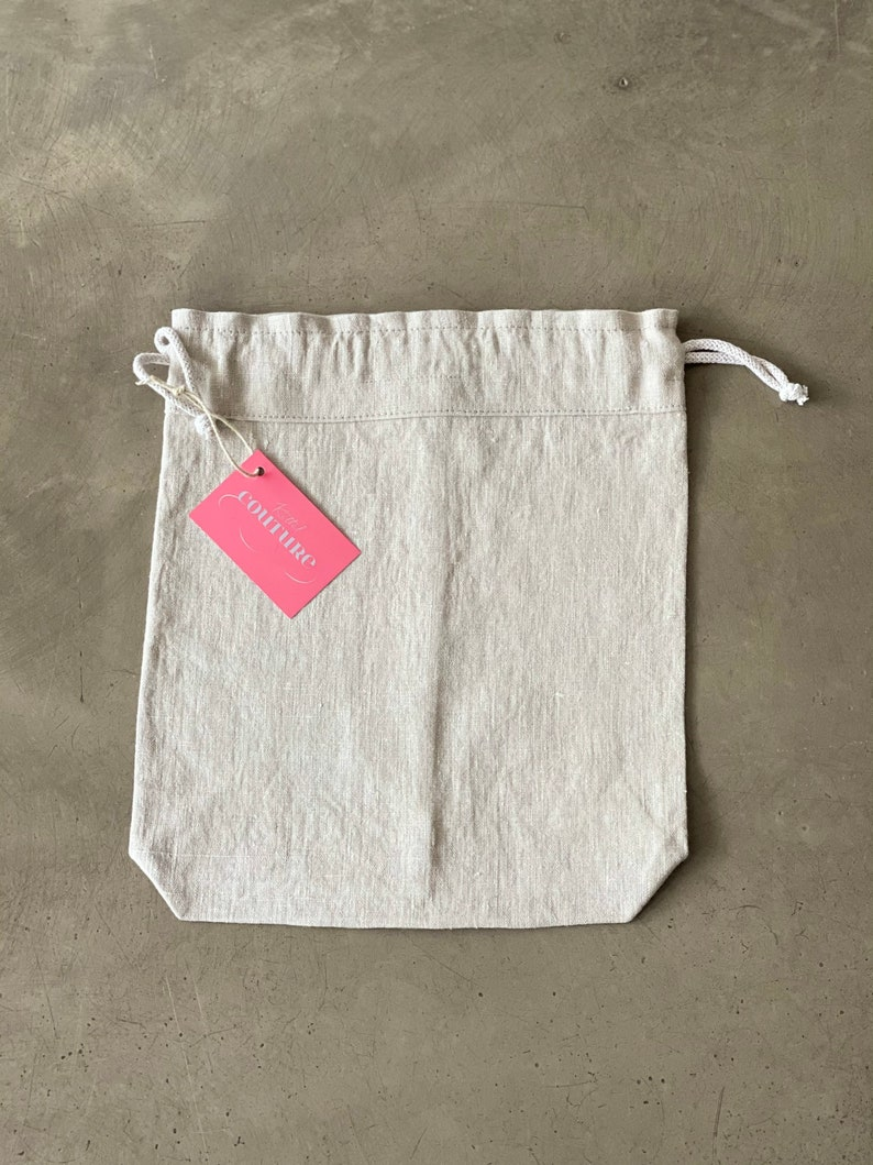 Bread bags made of beige linen fabric in vintage look image 0