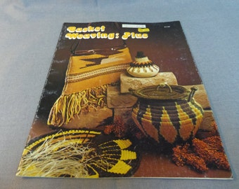 Crafts Basketry & Chair Caning Guides Humor Basket Magic Vintage Basketry Pattern Instruction Book 1977
