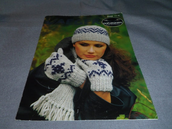 Knitting Patterns Hat Mitts And Scarf Using Jaeger Naturgarn Etsy