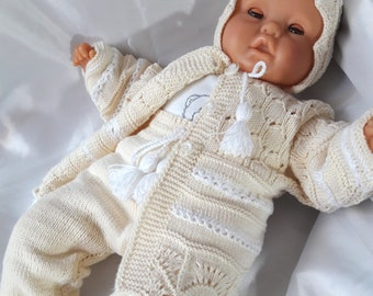 6c74a5747f4 Newborn knit layette outfit