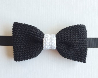 Black and white middle classic fit pre-tied bow tie, Bow tie, Pre-tied bow tie, Adult bow tie, Handmade bow tie, Classic bow tie