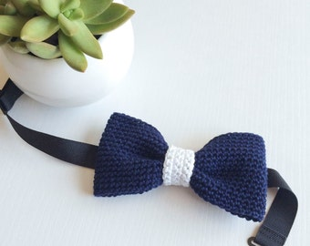 Navy blue and white middle classic fit pre-tied bow tie, Bow tie, Pre-tied bow tie, Adult bow tie, Handmade bow tie, Classic bow tie