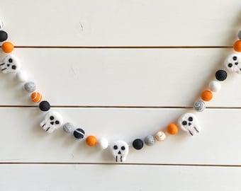 Skulls Orange Black Feltball Halloween Garland   Felted Skull  Felt Ball Pom Pom  FREE SHIPPING USA   Fall   Halloween Decor   Spooky