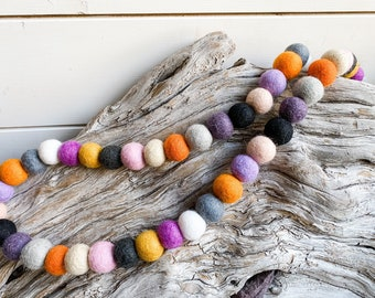 Spooky N Sweet 2cm 50 ct Felt Ball Garland or Loose Pack - Pom Pom - FREE SHIPPING over 16 USA   Bunting   Pumpkin   Boo   Halloween Garland