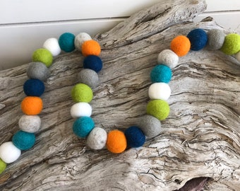 Woodland -2cm 25 or 50ct Felt Ball Garland or Loose Pack - Pom Pom - FREE SHIPPING USA over 16 | Bunting | Bedroom | Nursery | Home Decor