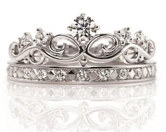 Princess Ring Gold. White gold crown ring. Queen ring. Crown ring. Stackable rings. Tiara ring. Crown ring. Bridal rings set.