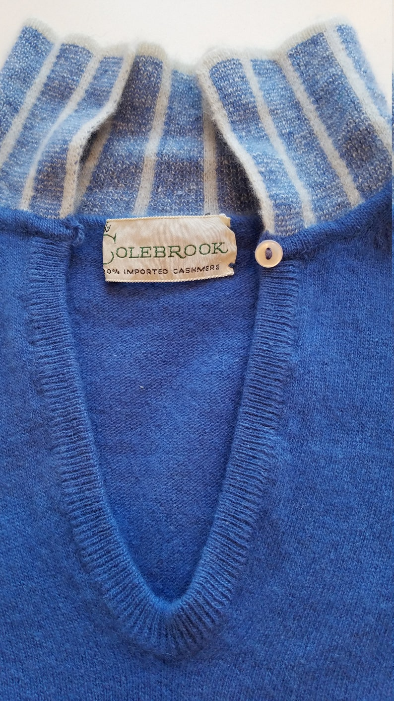 Blue Soft Pullover Sweater Girl Keyhole Sweater 34 Sleeves Clean Ivory Colebrook Pin-Up Preppy Jumper Cashmere Vintage