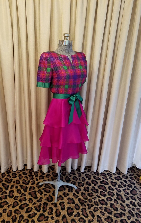 Vintage, 1980s, William Pearson, Fuchsia, Green, B