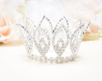 Rhinestone Mini Crown, Baby Crown, Baby Tiara, Mini Tiara, Tiny Crown Photo Prop, Princess Mini Crown