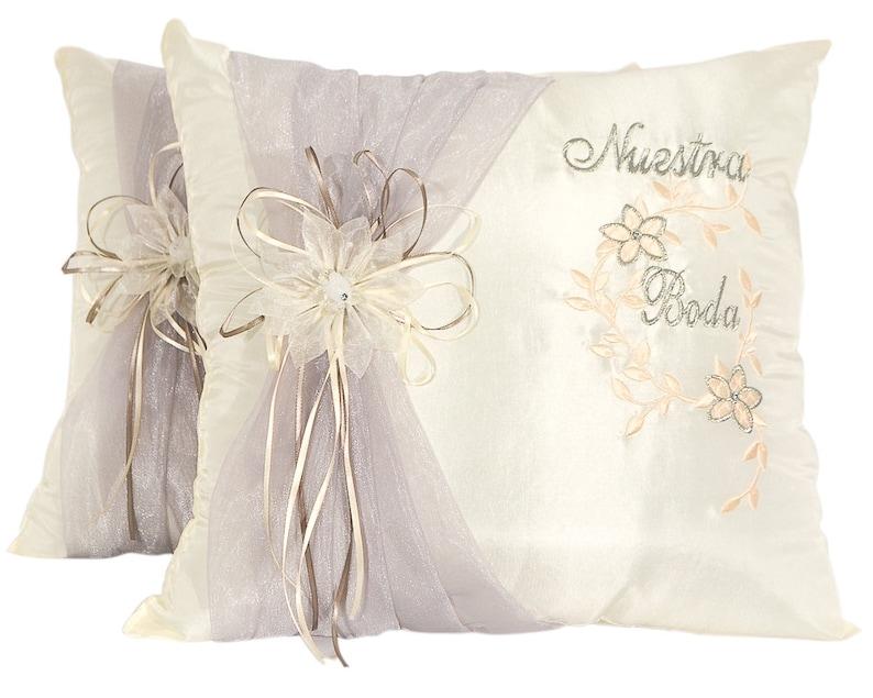 White Heart Wedding Kneeling Pillow Set Satin Nuestra Boda Kneeling Pillows
