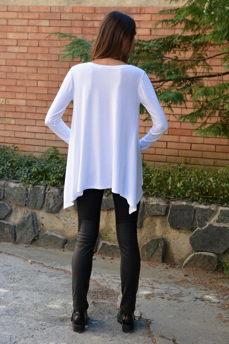 Danellys D16.17 Oversize Tunic Graphic Tee Women White Blouse Plus Size Tunic Loose Tunic Screenprint Long Sleeved Top Plus Size Top