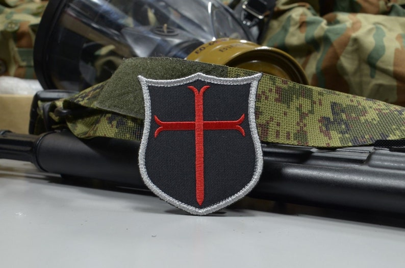 Red Crusader Cross, Knights Templar embroidered patch, NSWDG Navy SEAL Team  6, DEVGRU patch