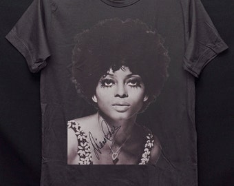 36d7f9cf1e4 Diana Ross Diana Ernestine Earle Ross Dark Gray Crew Neck Unisex T-Shirt  S-XXL