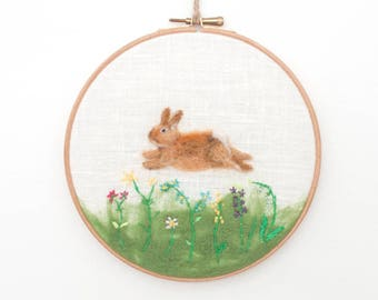 Hoop Art, Needle Felted Rabbit, Wool Painting, Felt Embroidery, Nursery Decor, Cute Bunny, Baby Gift, Hand Embroidered, Wool Painting, OOAK