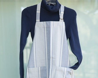 Linen Apron for Gardening, Grilling, Crafting, Painting, Cooking with Large Pockets and Adjustable Neck Strap, Father's or Mother's Day Gift