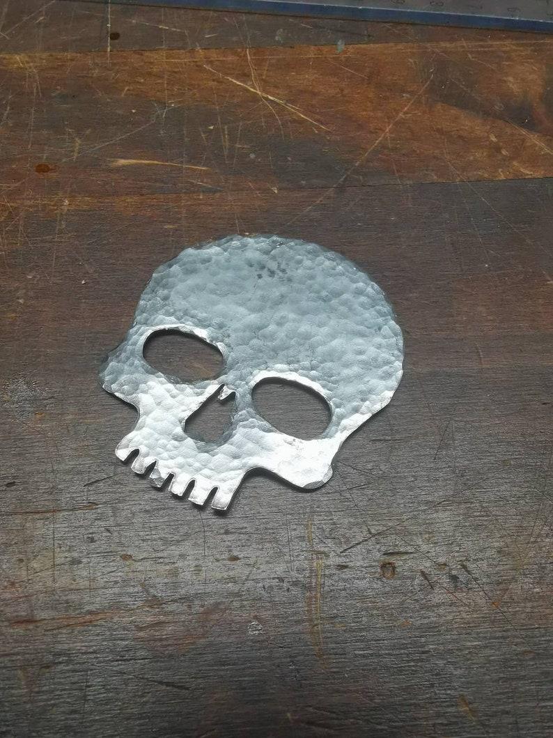 Metal plaque Schädel 6cm