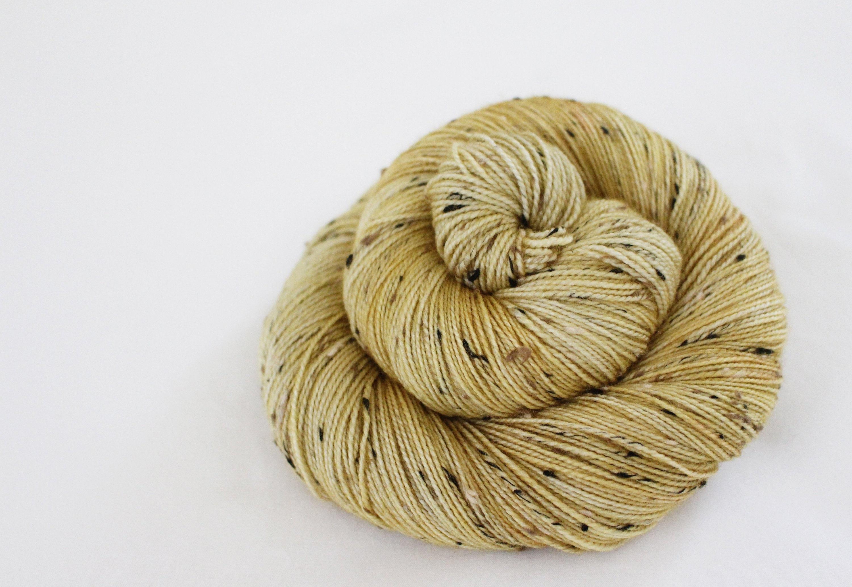 Épicé poire - Troglodyte - 85/15 mérinos superwash / / / tweed nylon fil à chaussette 260a47