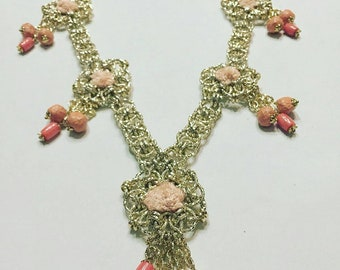 Necklace with coral and papier-mâché-coral and Papermache necklace