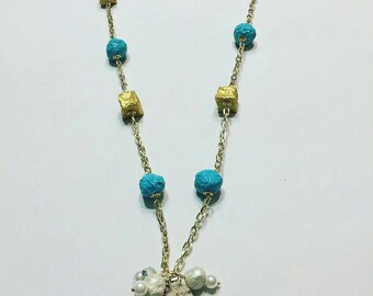 Necklace with papier-mâché, pearls and tuff-necklace with papermache, pearls and sandstone