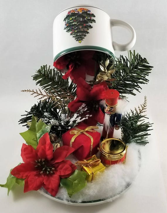 Christmas Floating Tea Cups.An Old Fashioned Christmas